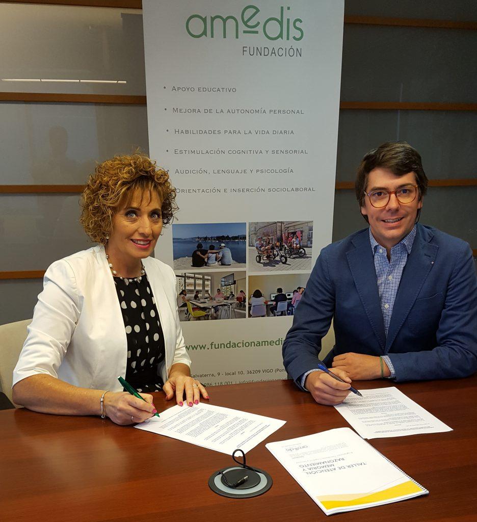 Firma del acuerdo de colaboración entre Viqueira y Amedis
