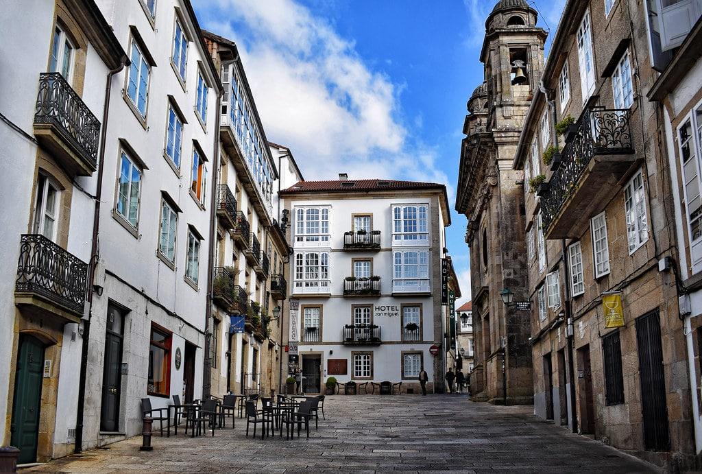 Calles de Santiago de Compostela, nueva promoción de Grupo Viqueira